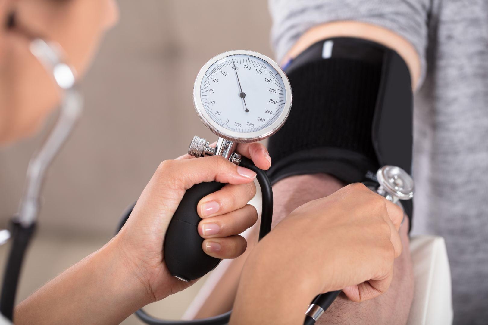 hipertenzijos gydymo laikas