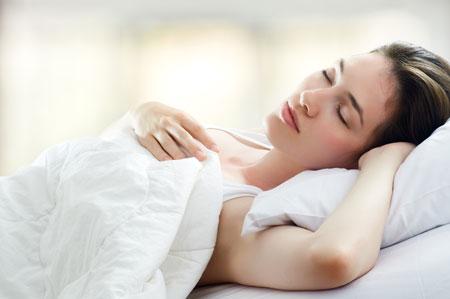 kokioje padėtyje geriau miegoti su hipertenzija