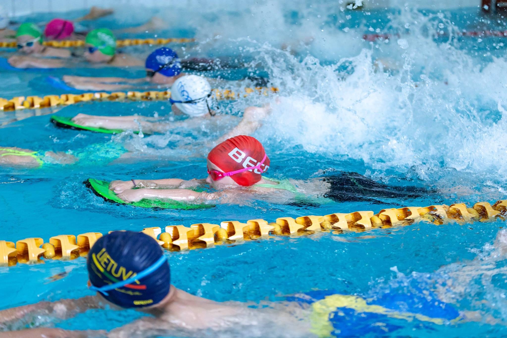 ar plaukimas padeda sergant hipertenzija