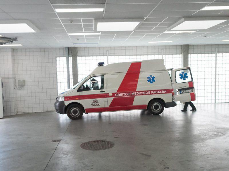 Kritinis spaudimas asmeniui: kada skambinti greitosios pagalbos automobiliui?