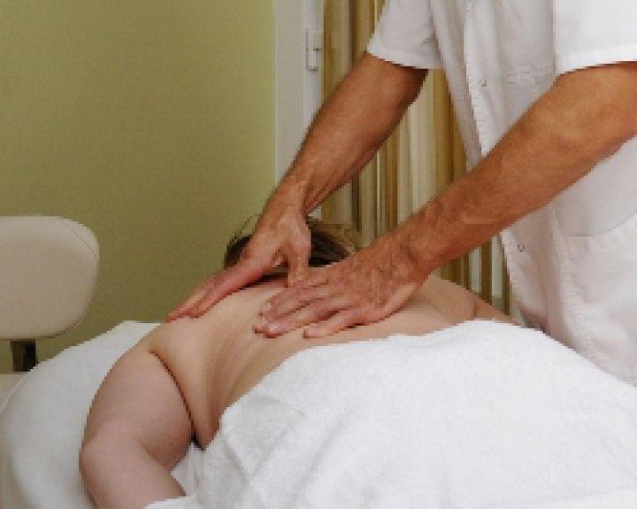 hipertenzija ir kaklo stuburo masažas)