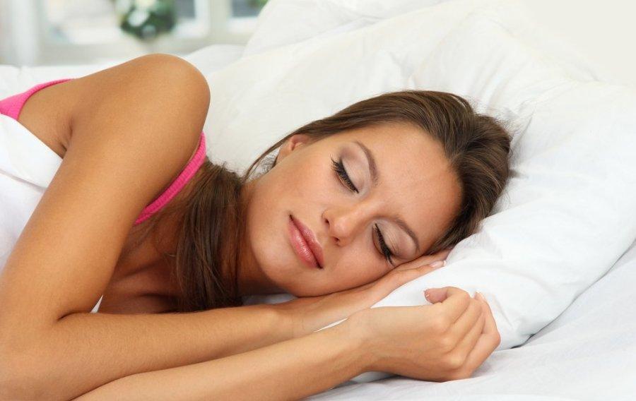kokioje padėtyje geriau miegoti su hipertenzija)