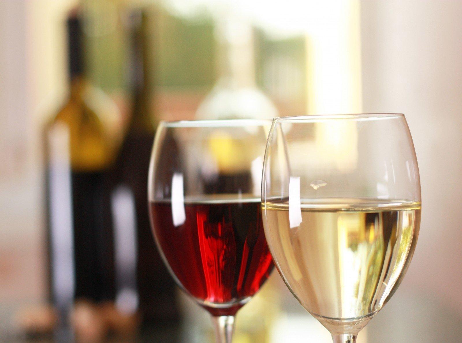 Naudinga ar visgi žalinga gerti vyną? | jusukalve.lt
