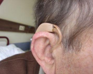 hipertenzija ir triukšmas ausyse ir galvoje)