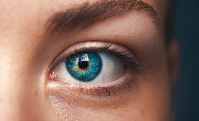hipertenzija akių paraudimas