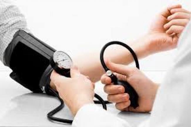 ar gali būti žemas kraujospūdis su hipertenzija