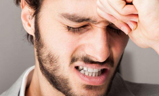 jei hipertenzijai skauda galvą, kaip gydyti