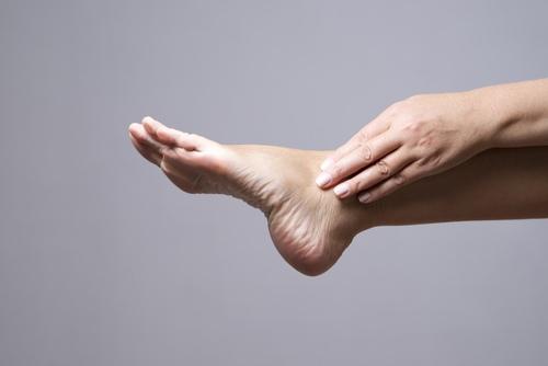 kojų ligos su hipertenzija)