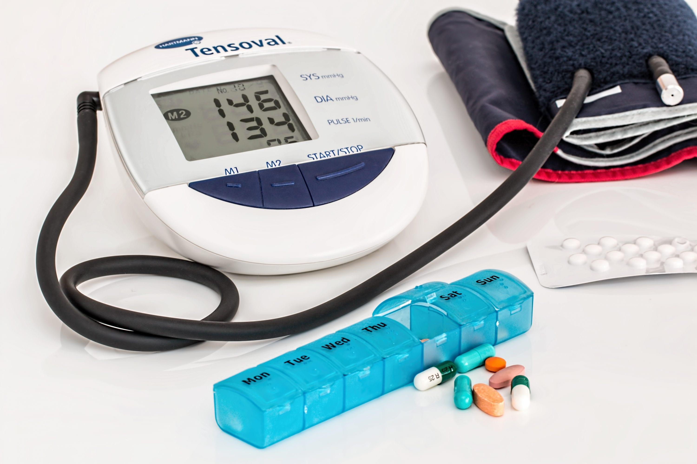 padidėjusi kūno temperatūra ir hipertenzija