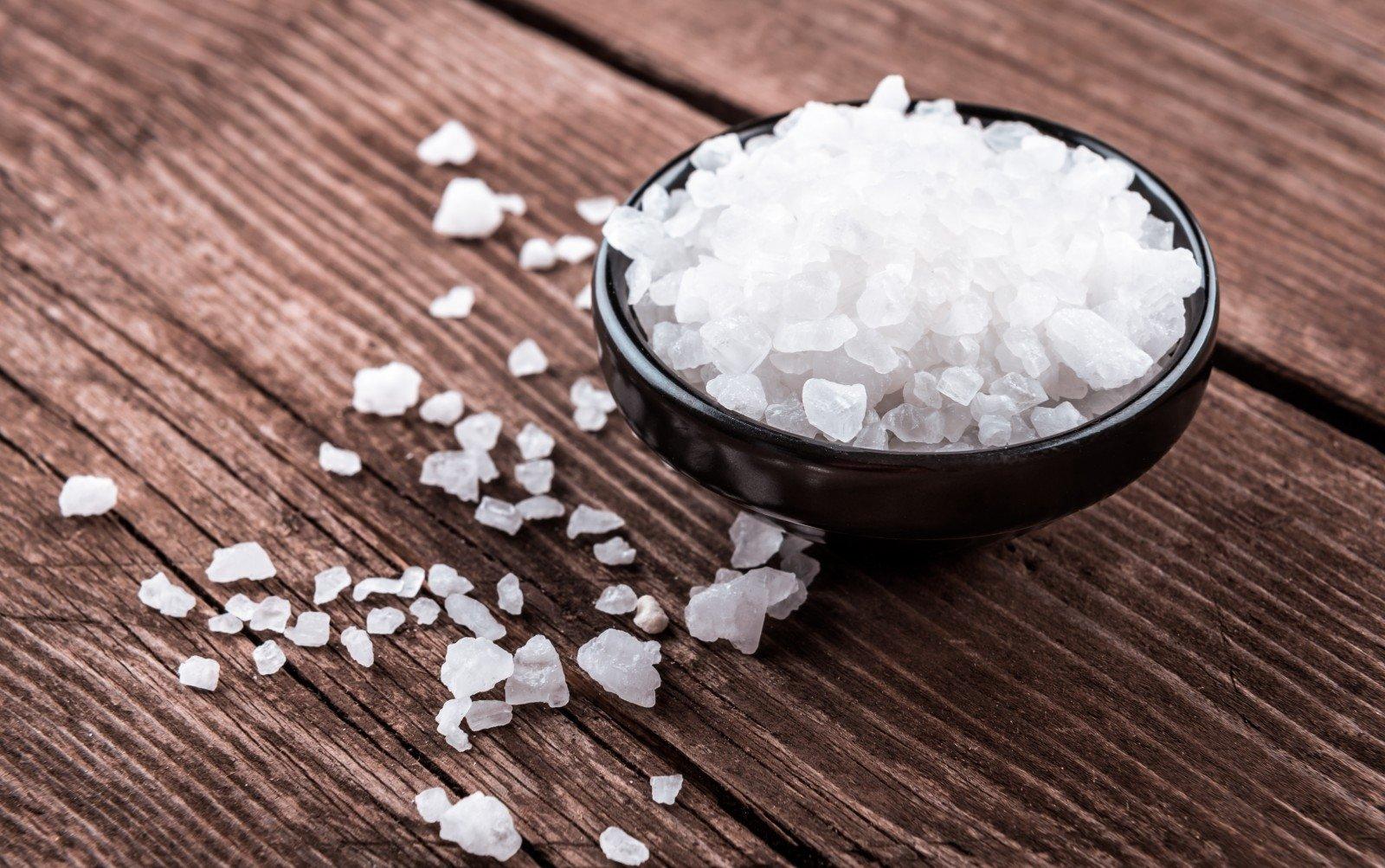 hipertenzijos gydymas jūros druska)