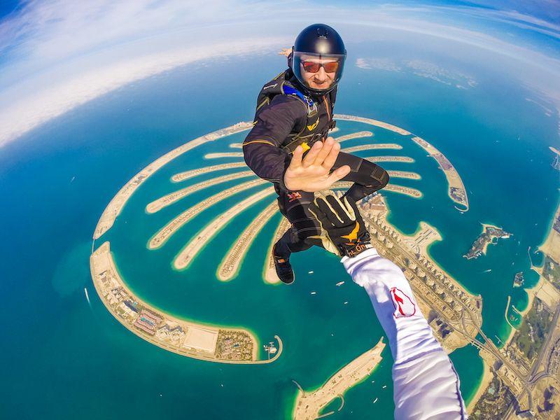 Pirmas šuolis | Parašiutininkų klubas