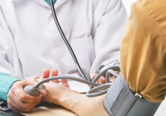 Kuo pavojingas padidintas kraujospūdis? — BMC London