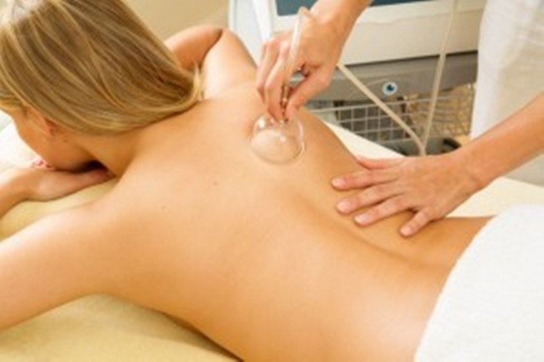 hipertenzija ir kaklo stuburo masažas sveikatos širdies plakimas per minutę