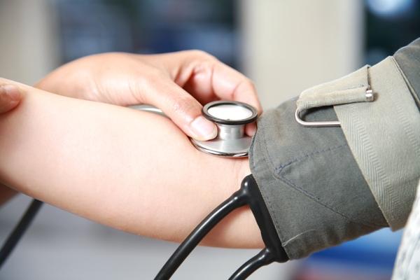Kraujospūdį galima reguliuoti ne tik vaistais