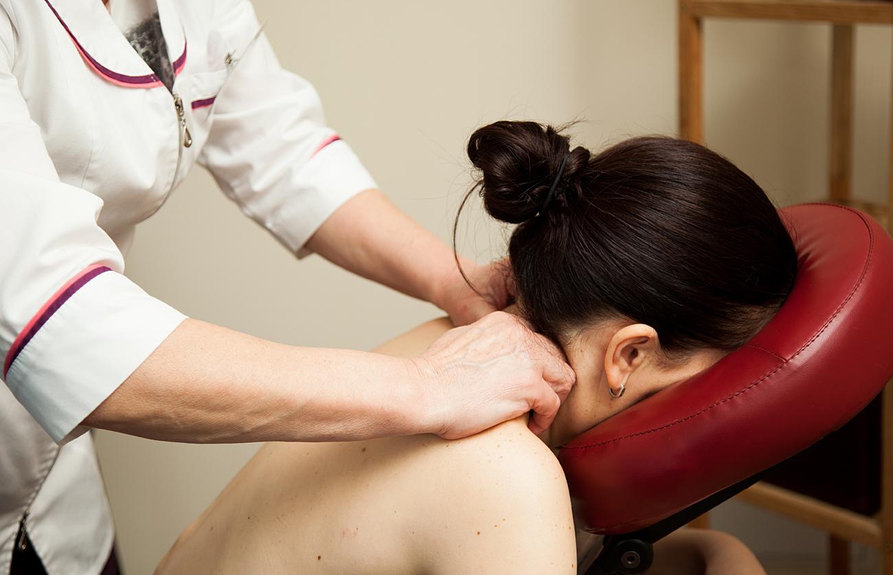 hipertenzija ir kaklo stuburo masažas