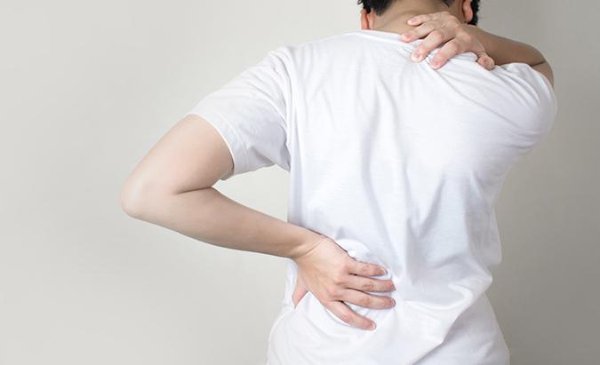 hipertenzija kaklo skausmas