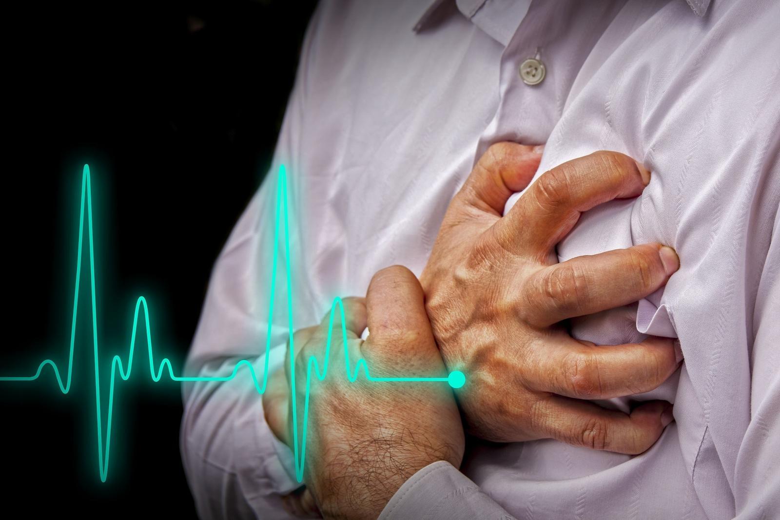 hipertenzija krūtinės angina išeminė širdies liga)