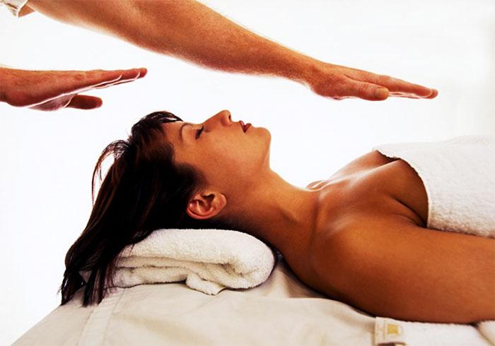 Tiesioginio širdies masažo atlikimo indikacijos ir metodai