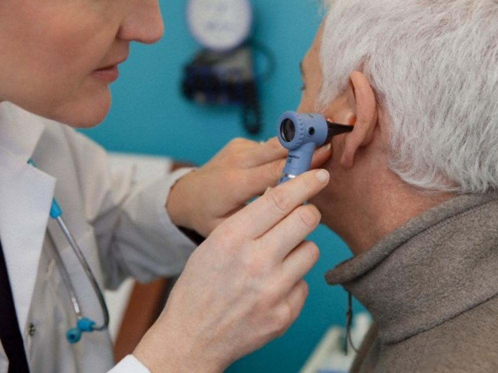 spengimas ausyse su hipertenzija sukelia