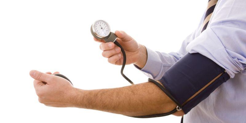 ką viršutinis ir apatinis slėgis reiškia hipertenzijai)