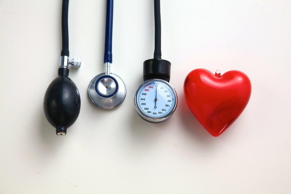 gydant lengvą hipertenziją