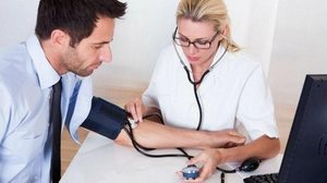 hipertenzija psichosomatika liz burbo)