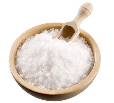 Organizmo valymas namuose. Druskos tirpalo receptas ir jogos pratimai – jusukalve.lt